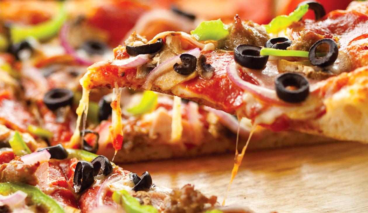 Enni borral 1. – pizza és bor