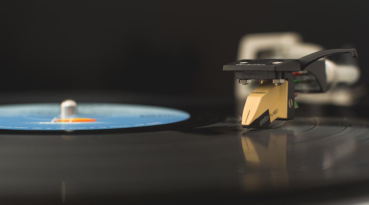 A bakelitek térdre kényszerítenek – A Record Store Day-sztori